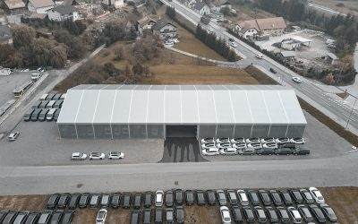 Vehicle storage hall