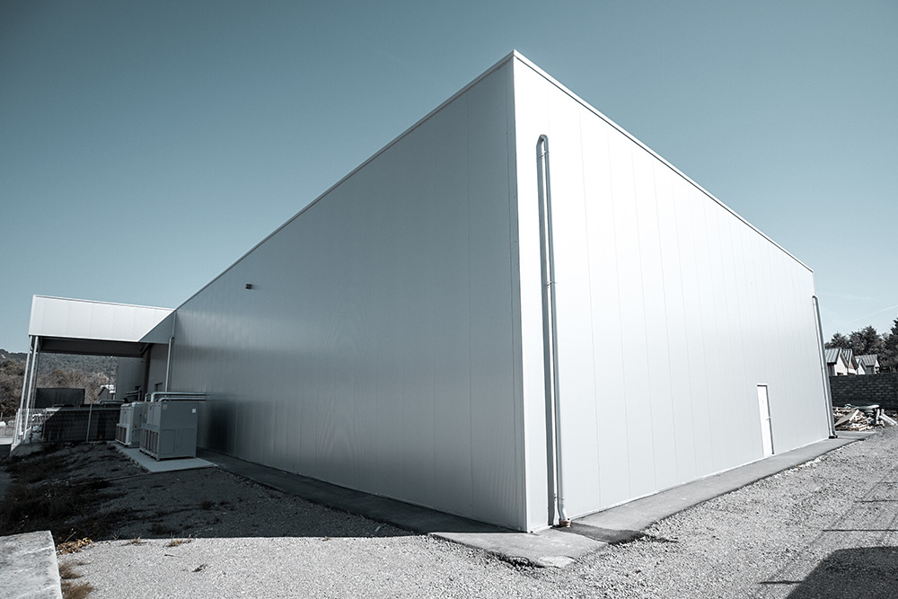 A lightweight hall for the production of PET packaging solutions